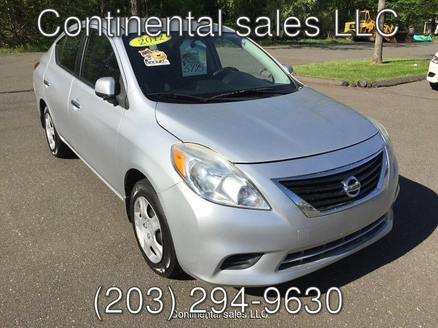 2012 Nissan Versa 1.6 SV Sedan 4-Speed Automatic