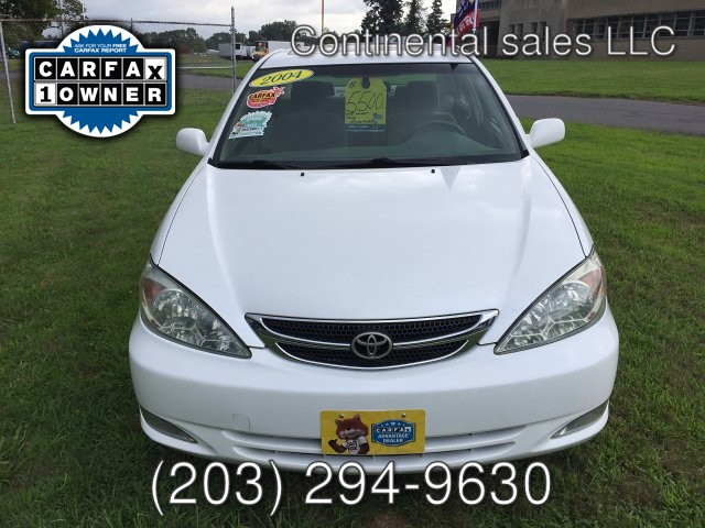 2004 Toyota Camry XLE 4-Speed Automatic