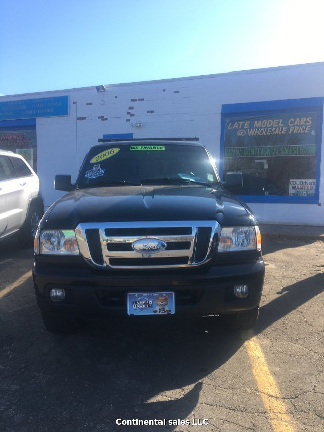2006 Ford Ranger FX4 SuperCab 4-Door RWD W/ 4X4 5-Speed Auto