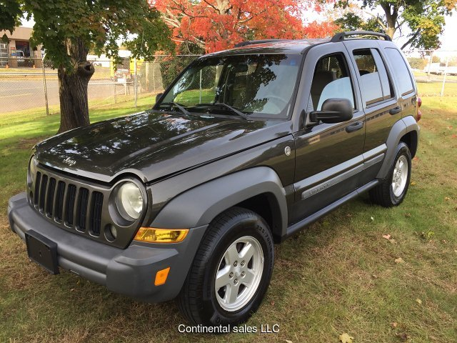 2003 Jeep Liberty Sport Freedom Edition 4WD 4-Speed Automati