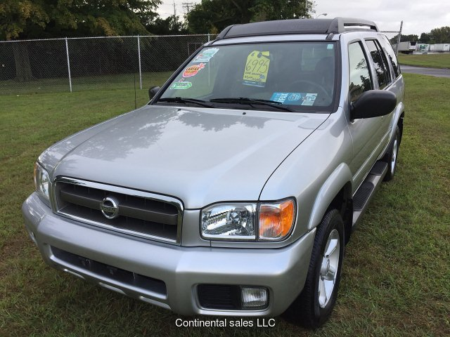 2004 Nissan Pathfinder SE 4WD 4-Speed Automatic